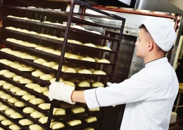To determine how many rolling oven racks your bakery needs, ask these questions.